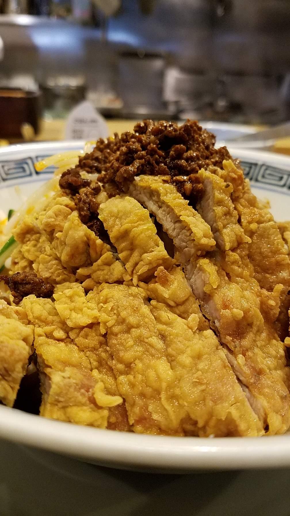 希須林担々麺屋赤坂店の汁なし担々麺